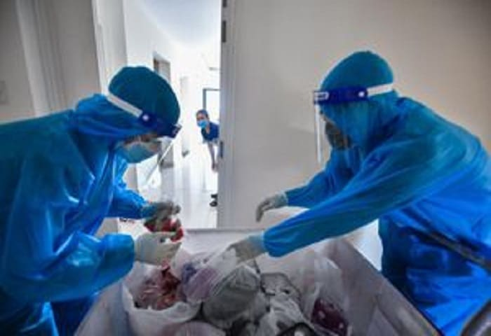 Gần 1.200 bệnh nhân Covid-19 ở TP.HCM xuất viện trong một ngày