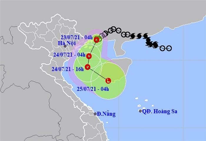 Áp thấp nhiệt đới cách Quảng Ninh 40km, Bắc Bộ mưa rất lớn