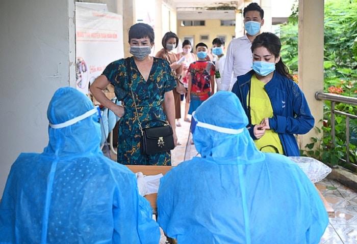CDC Hà Nội: 'Mầm bệnh vẫn lẩn khuất bên ngoài các ổ dịch'